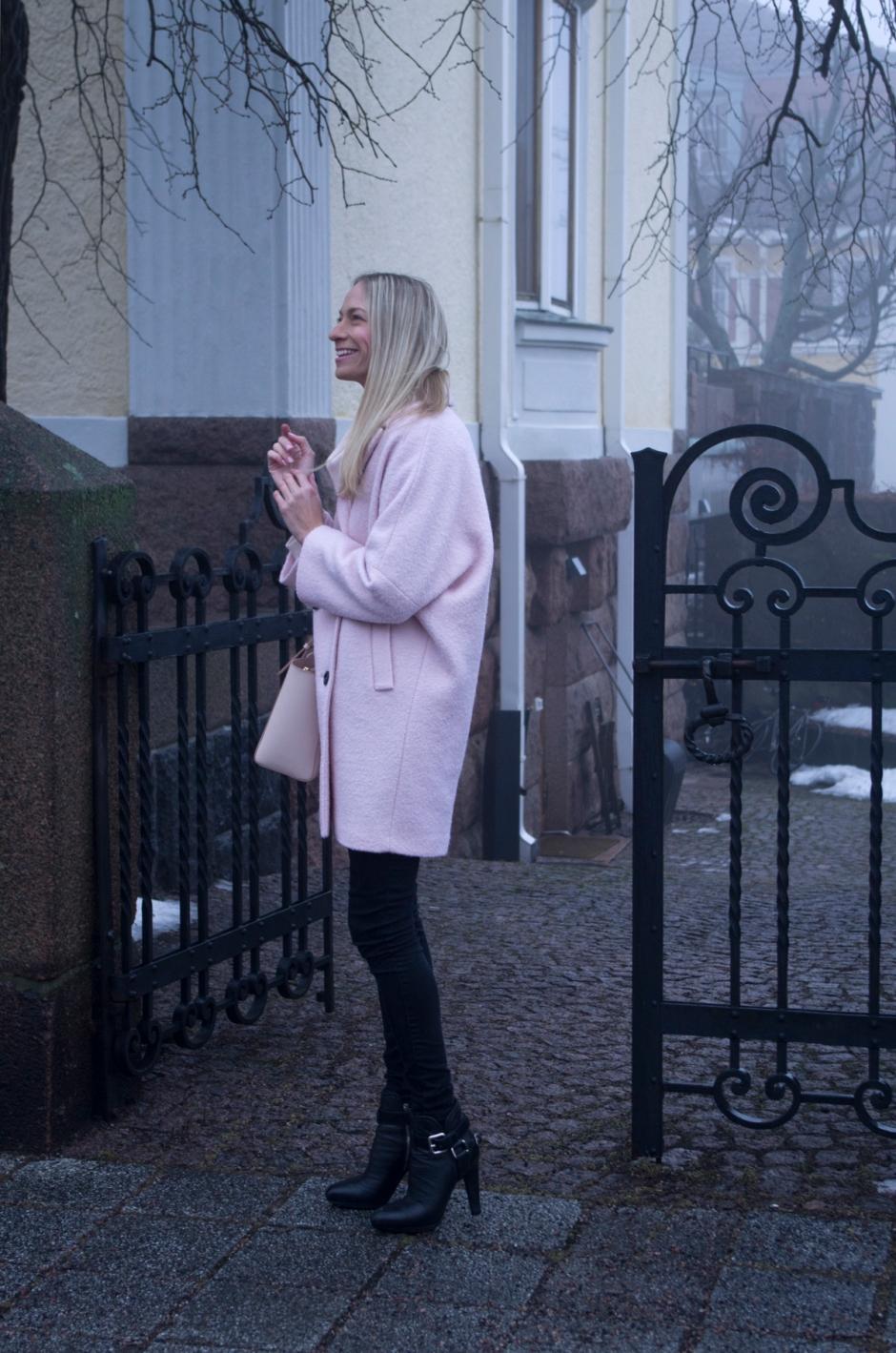 Reiss takki & Miu Miu nilkkurit | www.stillme.fi